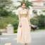 ชุดเดรสยาว ตัวเสื้อผ้าลูกไม้ สีครีม ปักด้วยด้ายสีเหลือบทอง thumbnail 5