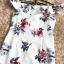 ชุดเดรสสวยๆ ผ้าโพลีเอสเตอร์ผสม พื้นสีขาว พิมพ์ลายดอกไม้โทนสีแดงและน้ำเงิน เปิดไหล่ thumbnail 16