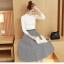 เสื้อผ้าแฟชั่นเกาหลี set เสื้อสีขาว และกระโปรงลายทางขาวดำ thumbnail 3