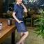 ชุดเดรสยีนส์ สีน้ำเงินเข้ม แขนสั้น มีกระเป๋าเสื้อที่หน้าอก thumbnail 4