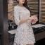 ชุดเดรสสวยๆ ตัวชุดผ้าโปร่งเนื้อละเอียด ตัวผ้าเดินเส้นผ้าริบบิ้นสีขาวโค้งหยักตามแบบ thumbnail 2
