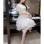 ชุดเดรสสวยๆ ผ้าไหมแก้ว organza สีขาว ทอลายเส้นดอกไม้สีขาวเล็กๆ thumbnail 7