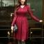 ชุดเดรสสีแดง ผ้าลูกไม้เนื้อนิ่มมากๆ แขนยาว ที่คอเสื้อ แต่งด้วยผ้าแยกออกมา thumbnail 3