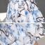 ชุดเดรสผ้าไหม เนื้อบาง พื้นสีขาว มีลายเส้นในตัว พิมพ์ลายดอกไม้โทนสีฟ้า thumbnail 12