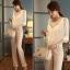 เสื้อทำงาน แฟชั่นเกาหลี เสื้อแขนยาว ผ้าชีฟอง ปักดิ้นที่คอ สวมใส่สบาย สีขาว สวยมากๆ (พร้อมส่ง) thumbnail 2