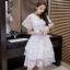 ชุดเดรสสวยๆ ผ้าไหมแก้ว organza สีขาว ทอลายเส้นดอกไม้สีขาวเล็กๆ thumbnail 4