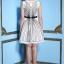 ชุดเดรสออกงาน Yiyi ชุดเดรสสั้น ดีไซน์เก๋ ตัวชุดเป็นผ้าโปร่ง เย็บลายเส้นสีดำไขว้กันไปมา ทั้งชุดหน้าหลัง ซับในด้วยผ้าซาตินสีขาว thumbnail 6