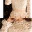 ชุดเดรสสั้น เดรสตัวเสื้อผ้า organza (ผ้าไหมแก้ว) สีขาวปักลายดอกไม้ แขนยาว กระโปรงผ้าคอตตอนผสมสีชมพูเนื้อ (พร้อมส่ง) thumbnail 8