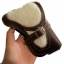 กระเป๋าใส่โทรศัพท์ หนังวัวแท้ ประดับด้วย ขนวัว และเข็มขัดเพื่อยึดตัวกระเป๋า thumbnail 1