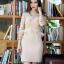 ชุดเดรสเกาหลี ผ้าคอตตอนผสมเนื้อทราย สีเนื้อ ยืดหยุ่นได้ ตัวเสื้อเย็บซ้อนด้วยผ้าลูกไม้ thumbnail 1