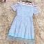 ชุดเดรสออกงาน ตัวเสื้อผ้าลูกไม้ลายดอกไม้สีชมพู ซับในด้วยผ้าสีฟ้า ไหล่ป้าน thumbnail 7