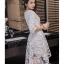 ชุดเดรสสวยๆ ตัวชุดผ้าโปร่งเนื้อละเอียด ตัวผ้าเดินเส้นผ้าริบบิ้นสีขาวโค้งหยักตามแบบ thumbnail 4