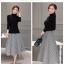 เสื้อผ้าแฟชั่นเกาหลี set เสื้อสีดำ และกระโปรงลายทางขาวดำ thumbnail 13