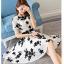 ชุดเดรสชีฟอง ผ้าเนื้อดีสีขาว ปักด้วยด้ายลายดอกไม้สีดำ งานปักสวยมากๆ แขนสั้น thumbnail 5