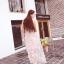 ชุดเดรสยาว ผ้าไหมแก้ว organza สีชมพู ปักด้วยด้ายสีขาวครีม เดินเส้นด้ายทั้งชุด thumbnail 2
