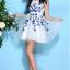 ชุดเดรสออกงาน ชุดเดรสผ้าไหมแก้ว สีขาว ปักลายดอกไม้สีน้ำเงิน สวยมากมายครับ แขนกุด ซับในด้วยผ้าซาตินสีขาว thumbnail 8