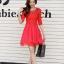 ชุดเดรสแฟชั่น สีแดง ผ้าลูกไม้อย่างดี หน้าอกเสื้อแต่งด้วยผ้าลายดอกไม้ ประดับด้วยมุก สีแดง thumbnail 2