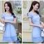 ชุดเดรสผ้าไหมแก้ว สีฟ้า ดีไซน์เก๋ ซับในชุดด้วยผ้าลายลูกไม้ สีขาว thumbnail 2