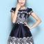 ชุดเดรสน่ารัก ผ้าคล้ายผ้าซาติน เนื้อเงาสวย สีน้ำเงิน พิมพ์ลายใบไม้สีขาว thumbnail 1