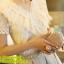 เสื้อแฟชั่น Hongkong ผ้าลูกไม้ สีขาว แขนสั้น แต่งระบายลูกไม้ที่หน้าอก แต่งมุกคอวี มีซับในสวยเหมือนแบบครับ สินค้าเกรด A พร้อมส่ง thumbnail 12