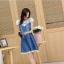 ชุดเดรสยีนส์ สีเข้ม คอเสื้อแต่งด้วยผ้าถักลายดอกไม้ สีขาว thumbnail 7