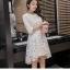 ชุดเดรสสวยๆ ตัวชุดผ้าโปร่งเนื้อละเอียด ตัวผ้าเดินเส้นผ้าริบบิ้นสีขาวโค้งหยักตามแบบ thumbnail 5