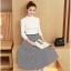 เสื้อผ้าแฟชั่นเกาหลี set เสื้อสีขาว และกระโปรงลายทางขาวดำ thumbnail 1