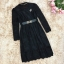 ชุดเดรสสีดำ ผ้าลูกไม้เนื้อนิ่มมากๆ แขนยาว ที่คอเสื้อ แต่งด้วยผ้าแยกออกมา thumbnail 10
