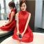 ชุดเดรสสีแดง แขนกุด ตัวเสื้อผ้าถักโครเชต์ลายดอกไม้ คอจีน thumbnail 3