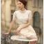 เสื้อผ้าลูกไม้ แฟชั่นเกาหลี เนื้อนิ่ม ยืดหยุ่นได้สีขาว คอเสื้อแต่งด้วยมุกและคริสตรัลใส่ สวยมากๆ เลยครับ พร้อมส่ง thumbnail 5