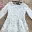 ชุดเดรสสวยๆ ตัวชุดผ้าโปร่งเนื้อละเอียด ตัวผ้าเดินเส้นผ้าริบบิ้นสีขาวโค้งหยักตามแบบ thumbnail 12