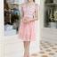 ชุดเดรสสวยๆ ตัวเสื้อผ้าลูกไม้ ปักสีชมพู พิมพ์ลายดอกกุหลาบ thumbnail 3