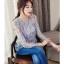 เสื้อผ้าลูกไม้ขนฟูมุ้งมิ้ง โทนสีเทาและเดินเส้นด้วยด้ายสีน้ำเงินตามแบบ thumbnail 2