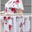 ชุดเดรสสั้น ผ้าซาติน พื้นสีขาว พิมพ์ลายดอกกุหลาบสีแดง แต่งสายเดี่ยวเปิดไหล่ thumbnail 9
