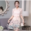 ชุดเดรสน่ารัก ตัวเสื้อผ้าไหมแก้ว organza สีขาวทอลายรูปร่มสีครีม และสีโอรส thumbnail 5