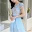 ชุดเดรสสวยๆ ตัวเสื้อผ้าลูกไม้ ปักสีฟ้า พิมพ์ลายดอกกุหลาบ thumbnail 1