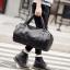 Pre-order กระเป๋าผู้ชายเดินทาง กระเป๋ากีฬาออกกำลังกาย ทรงหมอนแฟขั่นเกาหลี รหัส Man-9502-7 สีดำ thumbnail 1