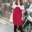 เสื้อยืดแฟชั่นตัวยาว ลายสองสี สี ขาว- ชมพูบานเย็น thumbnail 1