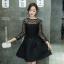 ชุดเดรสสีดำสั้น ตัวเสื้อผ้าถักโครเชต์ลายดอกไม้ แขนยาว thumbnail 3
