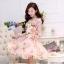 ชุดเดรสชีฟอง พื้นสีชมพูโอรส ลายดอกกุหลาบ แขนยาว thumbnail 3