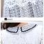 ชุดเดรสน่ารัก ตัวเสื้อผ้าลูกไม้ สีขาว คอปก ปลายแขนเสื้อ เย็บตัดด้วยผ้าลายตารางสีดำ thumbnail 8