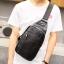 Pre-order กระเป๋าผู้ชายคาดอกแฟชั่นเกาหลี ใส่ ipad 7.9 นิ้ว Messenger กระเป๋ากีฬากันน้ำ รหัส Man-9202 สีดำ thumbnail 1