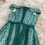 ชุดราตรีสั้น ออกงานสุดหรู ตัวชุดเป็นผ้าลูกไม้ลายตามแบบสีเขียว ดีไซน์เปิดไหล่ ปิดต้นแขน thumbnail 7
