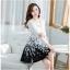 ชุดเดรสเกาหลีออกงาน ตัวเสื้อผ้าถักสีขาว แขนยาว กระโปรงผ้าชีฟองสีดำ พร้อมสร้อยคอ thumbnail 3
