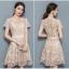 ชุดเดรสออกงาน ตัวชุดผ้าโปร่งเนื้อละเอียดสีครีม ตัวผ้าเดินเส้นผ้าริบบิ้นสีครีมค้งหยักตามแบบ thumbnail 6
