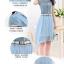 ชุดเดรสสั้น ตัวเสื้อผ้ายีนส์ สีซีด แต่งกระดุมหลอกสีเงินที่หน้าอก thumbnail 3