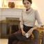 เสื้อทำงาน SL style เสื้อผ้าลูกไม้ สีครีมเนื้อนุ่ม มีซับใน คอเต่า แขนยาว พร้อมสร้อยคอเหมือนแบบ (พร้อมส่ง) thumbnail 4