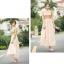 ชุดเดรสยาว ตัวเสื้อผ้าลูกไม้ สีครีม ปักด้วยด้ายสีเหลือบทอง thumbnail 6