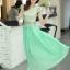 ชุดเดรสยาว ชุดเดรสออกงาน ตัวเสื้อผ้าถักลายดอกไม้ สีเขียวเหลือบทอง กระโปรงผ้าชีฟองอัดพลีต พร้อมส่ง thumbnail 3