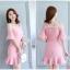 ชุดเดรสเกาหลี ผ้าโพลีเอสเตอร์ผสมสีชมพู สายเดี่ยว เปิดไหล่ thumbnail 4